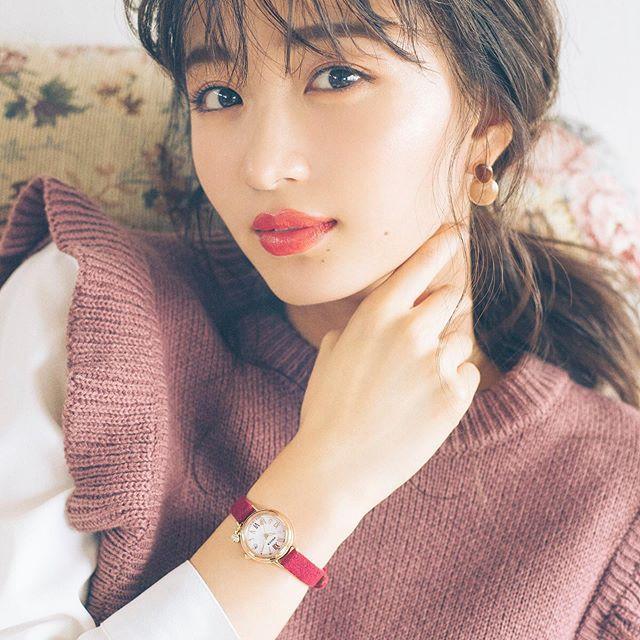 【岡崎紗絵キャプ画像】ファッションモデルから女優になった美女のセクシーなテレビ出演シーン 73