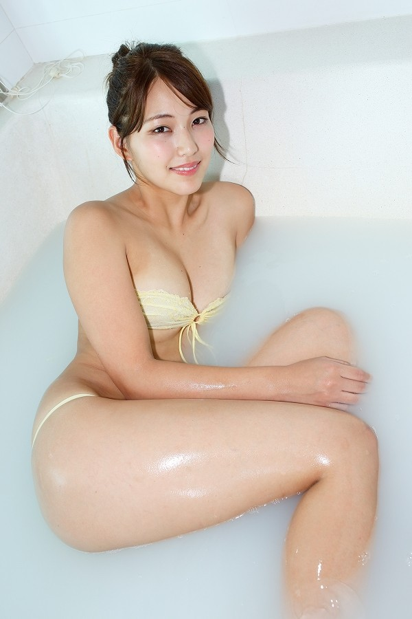 【原あや香グラビア画像】モデル出身だけど結構エロい水着姿を撮っていてグラドルの方が向いていた? 23