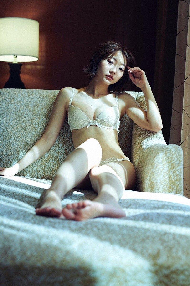 【武田玲奈グラビア画像】美少女モデルの綺麗なスレンダーボディが好き過ぎで手コキが捗るわw 05