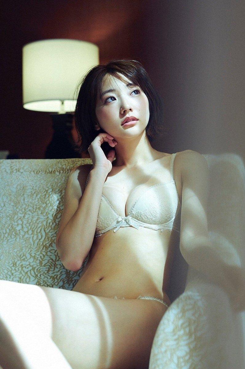 【武田玲奈グラビア画像】美少女モデルの綺麗なスレンダーボディが好き過ぎで手コキが捗るわw 16