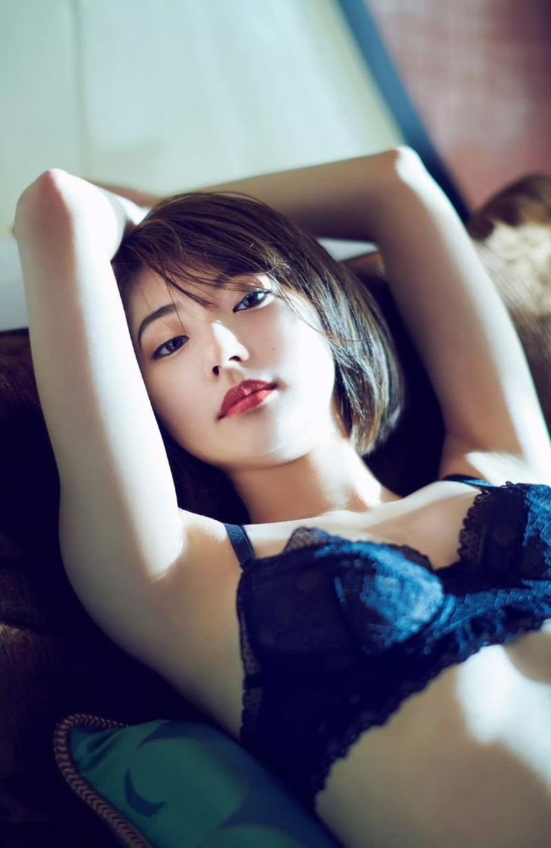 【武田玲奈グラビア画像】美少女モデルの綺麗なスレンダーボディが好き過ぎで手コキが捗るわw 33