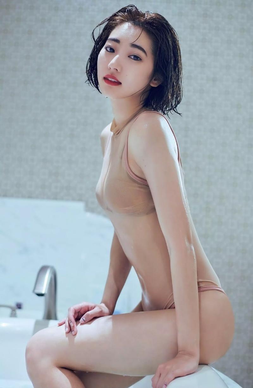 【武田玲奈グラビア画像】美少女モデルの綺麗なスレンダーボディが好き過ぎで手コキが捗るわw 34