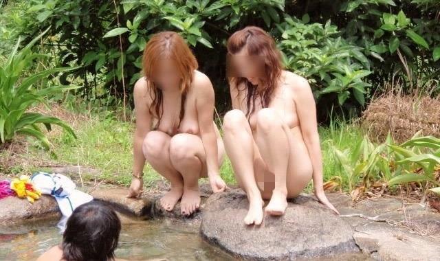 【混浴温泉エロ画像】寒くなると温泉行きたくなるけどどうせなら女連れで熱くなりたいわw 19