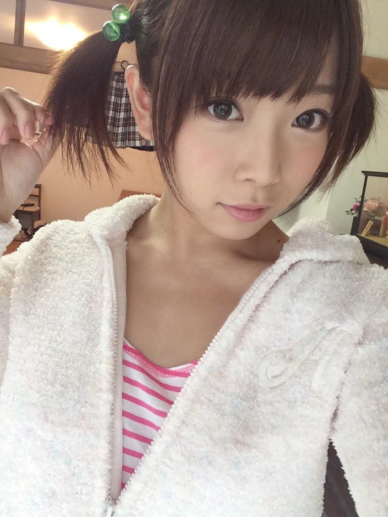 【ツインテールエロ画像】美少女の可愛さと萌えを更に引き立たせる髪型はコレ! 43