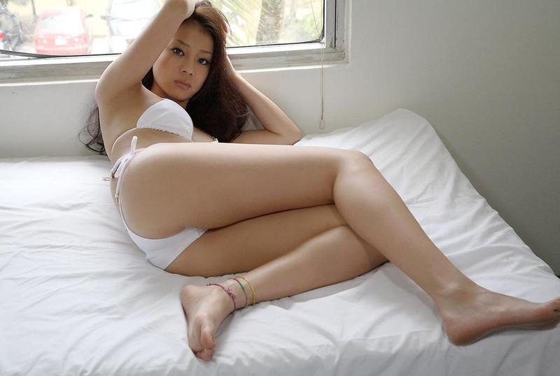 【あびる優グラビア画像】おはガールとして活躍していたタレントのセクシー写真を集めてみたw 79