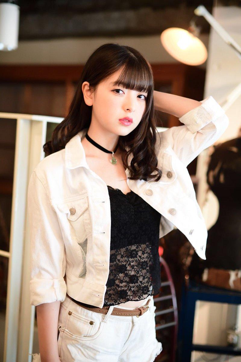 【木村葉月エロ画像】女子高生制服が似合っていてめちゃくちゃ可愛いボブヘアー美少女 37