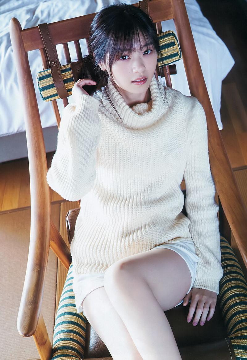 【乃木坂46エロ画像】ママと呼ばれてるアイドルグループの可愛くてちょっとエッチなグラビア写真 25