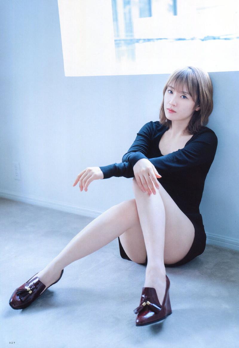 【乃木坂46エロ画像】ママと呼ばれてるアイドルグループの可愛くてちょっとエッチなグラビア写真 26