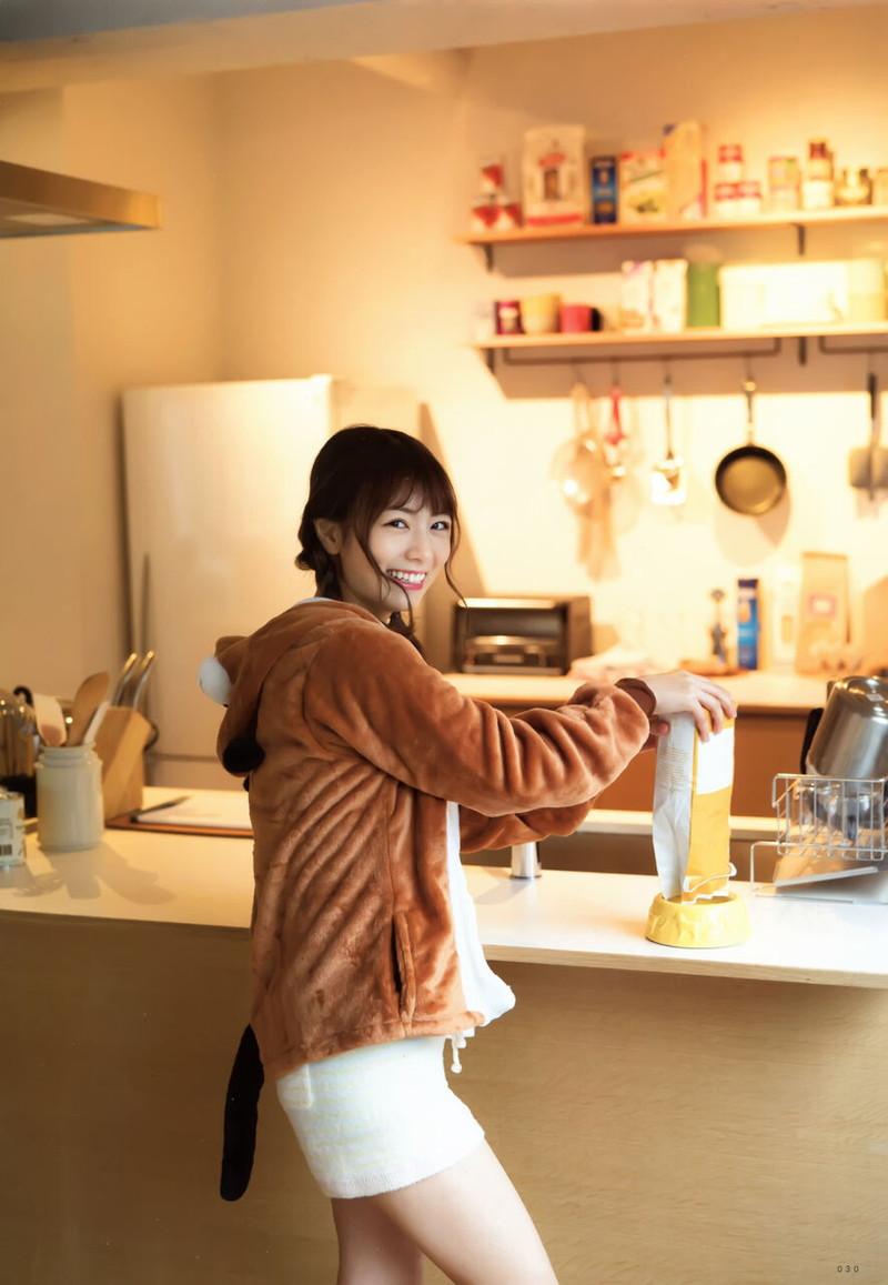 【乃木坂46エロ画像】ママと呼ばれてるアイドルグループの可愛くてちょっとエッチなグラビア写真 39
