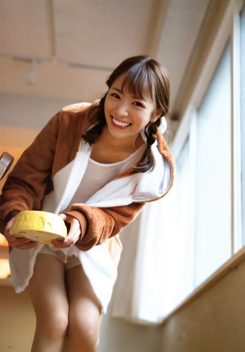【乃木坂46エロ画像】ママと呼ばれてるアイドルグループの可愛くてちょっとエッチなグラビア写真 42