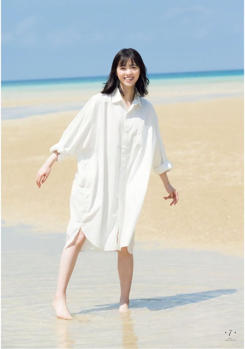 【乃木坂46エロ画像】ママと呼ばれてるアイドルグループの可愛くてちょっとエッチなグラビア写真 48