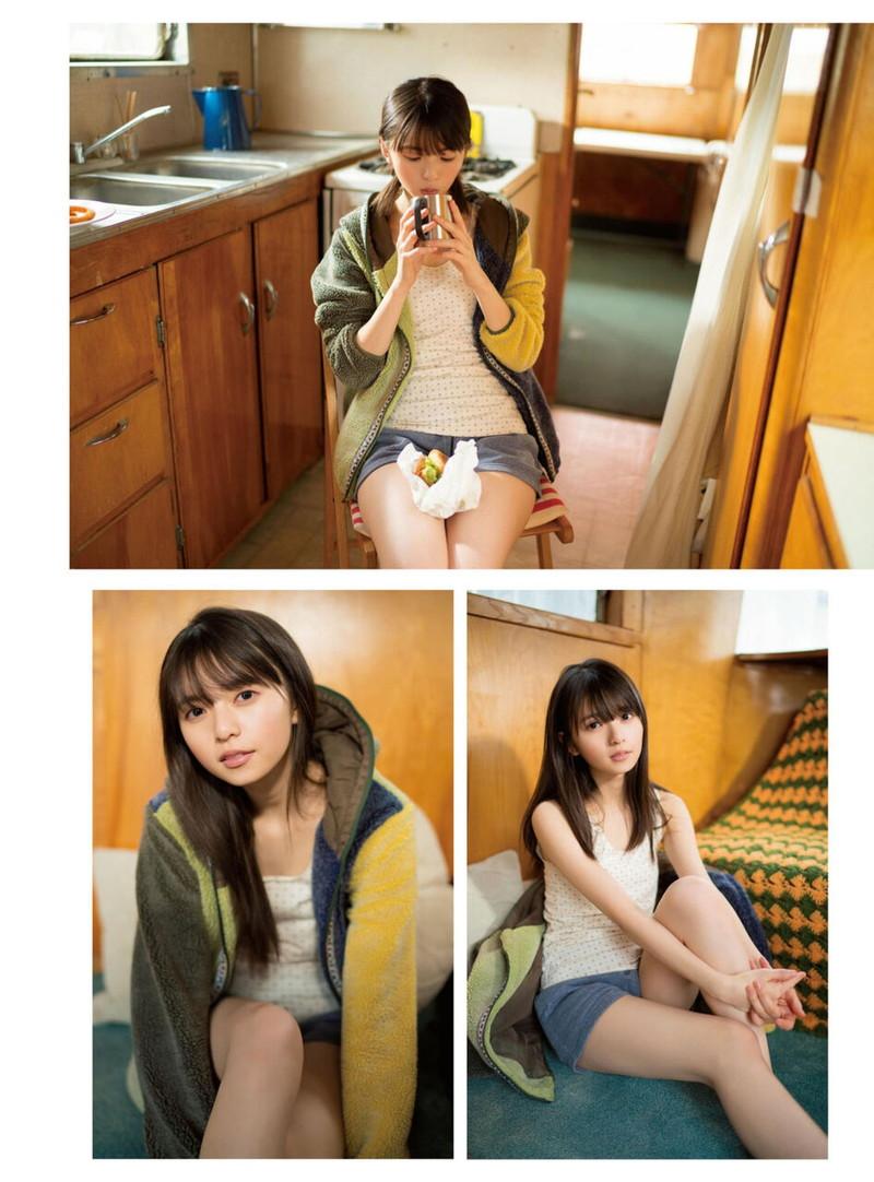 【乃木坂46エロ画像】ママと呼ばれてるアイドルグループの可愛くてちょっとエッチなグラビア写真 73