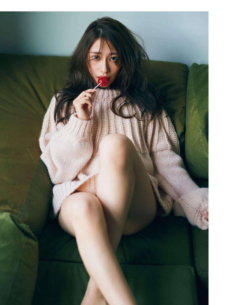 【乃木坂46エロ画像】ママと呼ばれてるアイドルグループの可愛くてちょっとエッチなグラビア写真 91