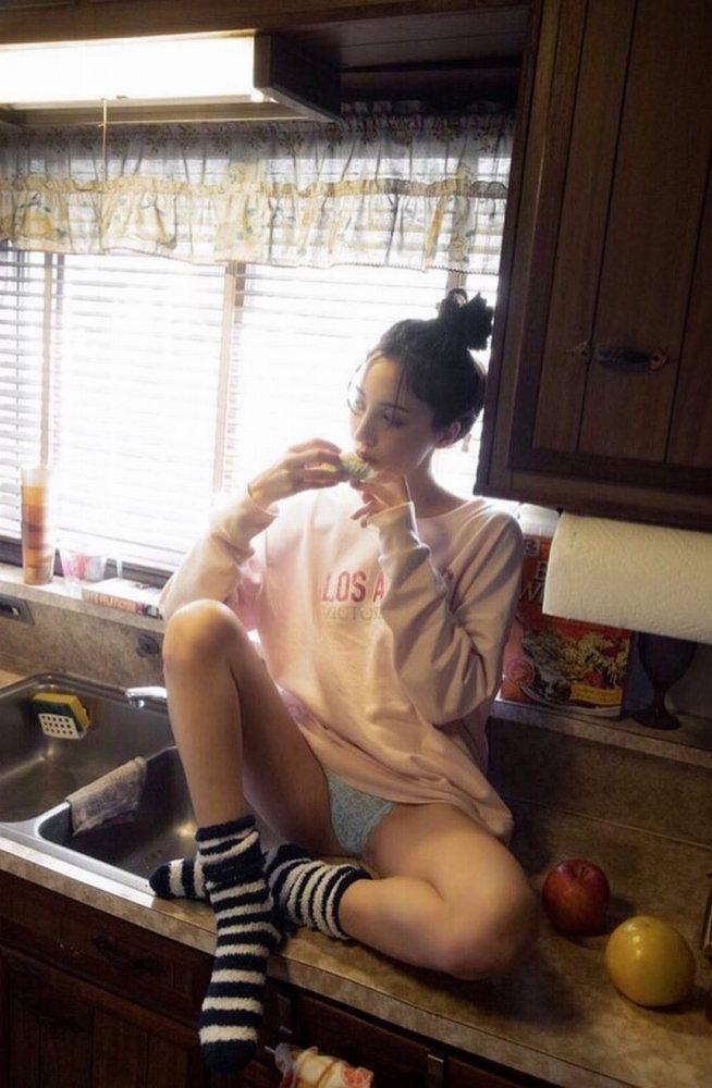 【朝比パメラグラビア画像】ニューヨーク産まれのハーフ美人が魅せるランジェリー姿がマジエロいw 39