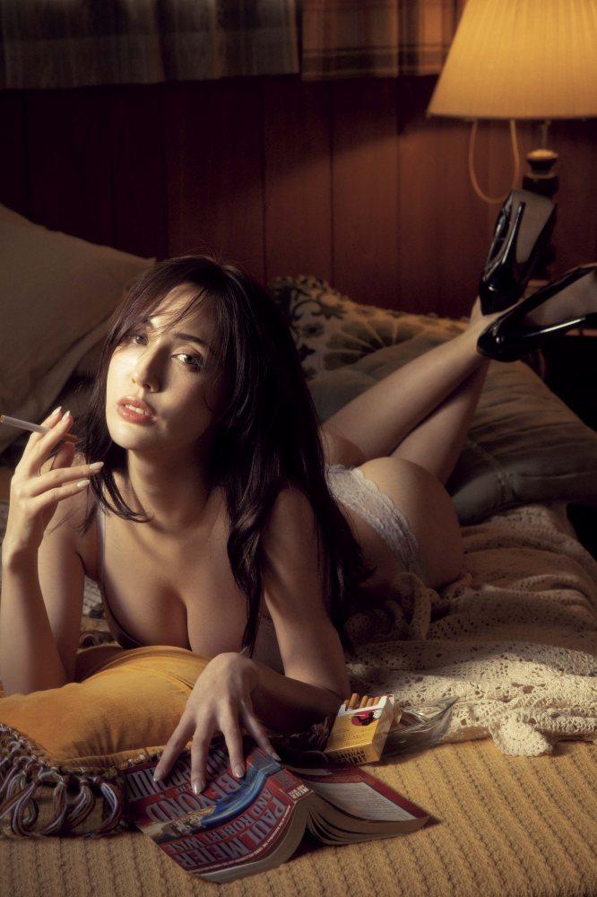 【朝比パメラグラビア画像】ニューヨーク産まれのハーフ美人が魅せるランジェリー姿がマジエロいw 42