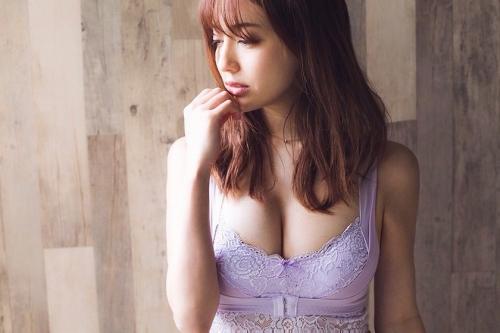 【朝比パメラグラビア画像】ニューヨーク産まれのハーフ美人が魅せるランジェリー姿がマジエロいw 59