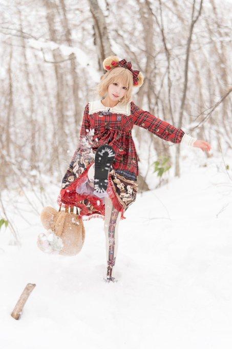 【コスプレエロ画像】中国出身コスプレイヤー凛子が扮する美少女キャラが美し過ぎたwwww 75