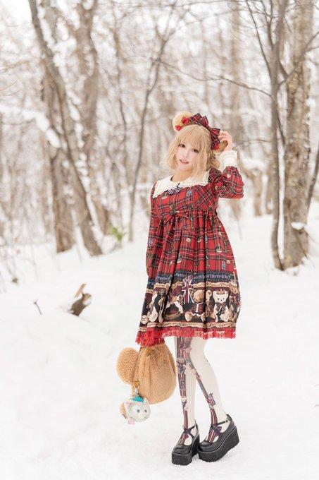 【コスプレエロ画像】中国出身コスプレイヤー凛子が扮する美少女キャラが美し過ぎたwwww 76