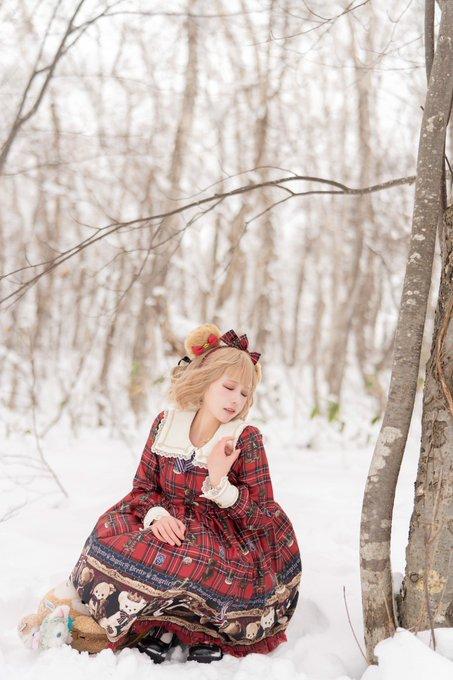 【コスプレエロ画像】中国出身コスプレイヤー凛子が扮する美少女キャラが美し過ぎたwwww 77