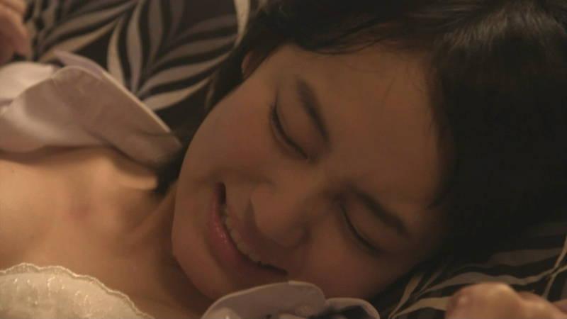 【JKキャプ画像】深夜ドラマでイケメンにパンティー脱がされて愛撫されるJKがエロいwww 08