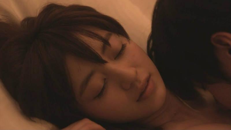 【JKキャプ画像】深夜ドラマでイケメンにパンティー脱がされて愛撫されるJKがエロいwww 20