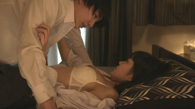 【JKキャプ画像】深夜ドラマでイケメンにパンティー脱がされて愛撫されるJKがエロいwww 27