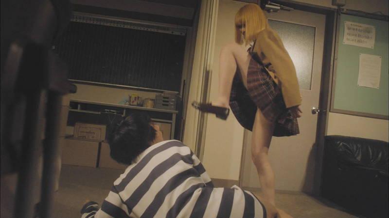 【生脱ぎキャプ画像】某ドラマに期待するのは制服娘によるパンティーの生脱ぎだけwww 14