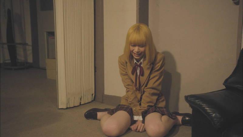 【生脱ぎキャプ画像】某ドラマに期待するのは制服娘によるパンティーの生脱ぎだけwww 22