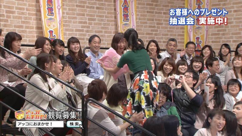 【小島瑠璃子キャプ画像】こじるりのおっぱい強調ファッションが凄すぎて勃起必至www 04