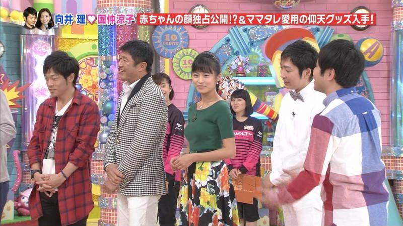 【小島瑠璃子キャプ画像】こじるりのおっぱい強調ファッションが凄すぎて勃起必至www 07