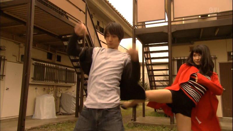 【土屋太鳳キャプ画像】土屋太鳳がドラマで短パン姿になって健康的な太ももを披露www 10