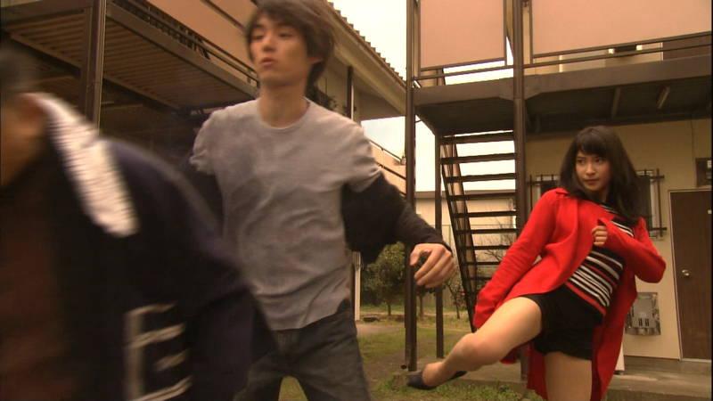 【土屋太鳳キャプ画像】土屋太鳳がドラマで短パン姿になって健康的な太ももを披露www 13
