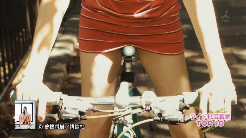 【佐藤聖羅キャプ画像】アイドル写真集のランキングが総じておっぱいだった件www