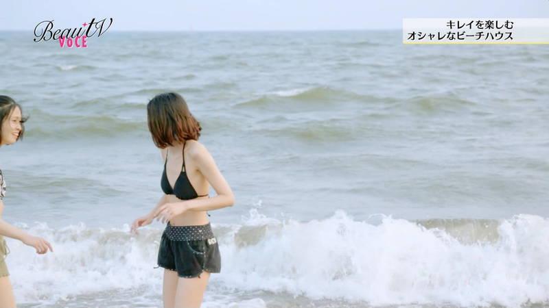 【素人キャプ画像】夏になるとテレビでも素人さんの水着姿で見れていいよねwww 10