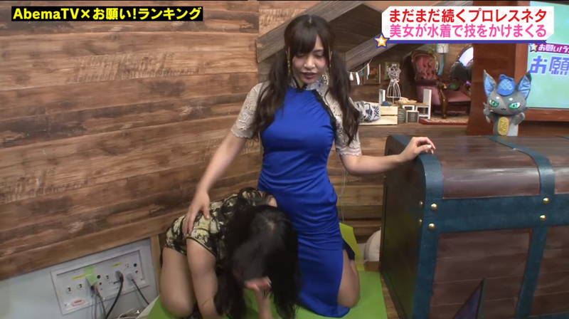【キャットファイトキャプ画像】石川あんなと葉月佐和がビキニとチャイナドレスで戦うwww 27