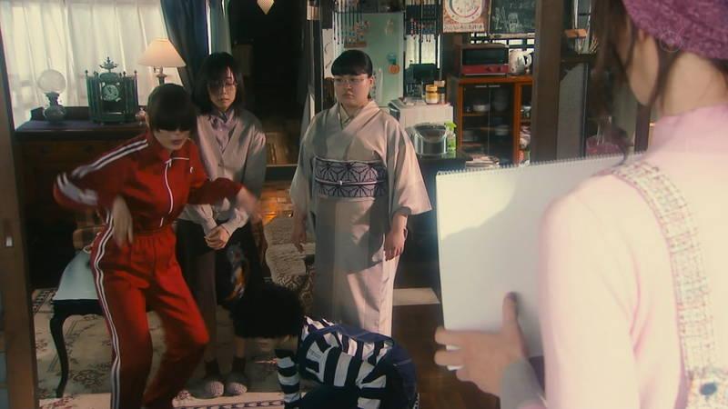 【内田理央キャプ画像】芋ジャージでも、前髪が長すぎても、可愛さを隠せない内田理央www 07