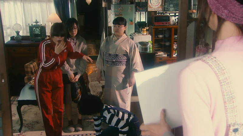 【内田理央キャプ画像】芋ジャージでも、前髪が長すぎても、可愛さを隠せない内田理央www 08