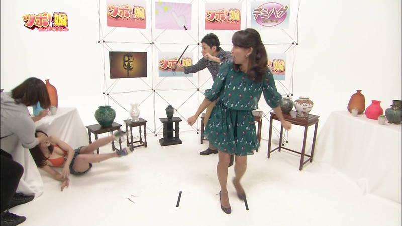 【藤田可菜キャプ画像】ホットパンツ+ビキニトップのおっぱいがすごい藤田可菜www 06