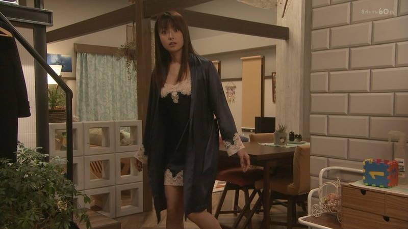 【深田恭子キャプ画像】Tシャツの下に水着を着ていても透けるとエロいという事実www 09