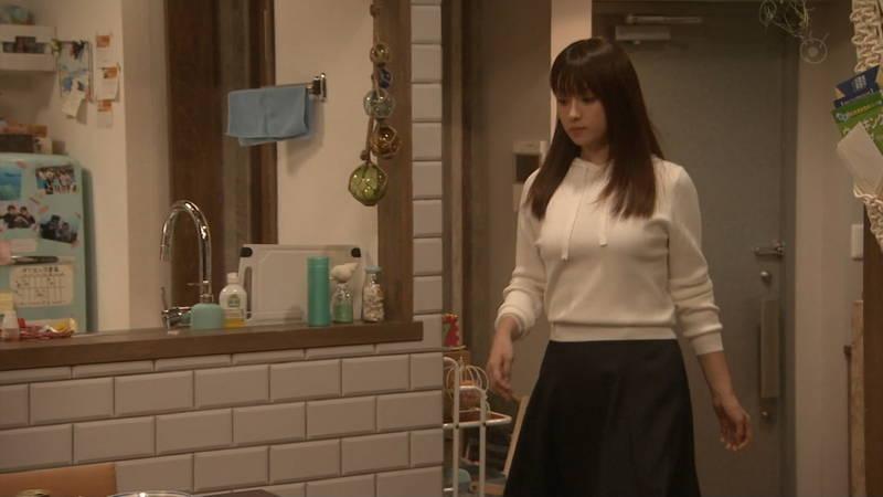【深田恭子キャプ画像】Tシャツの下に水着を着ていても透けるとエロいという事実www 14
