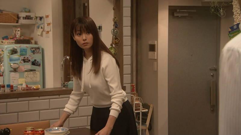 【深田恭子キャプ画像】Tシャツの下に水着を着ていても透けるとエロいという事実www 15