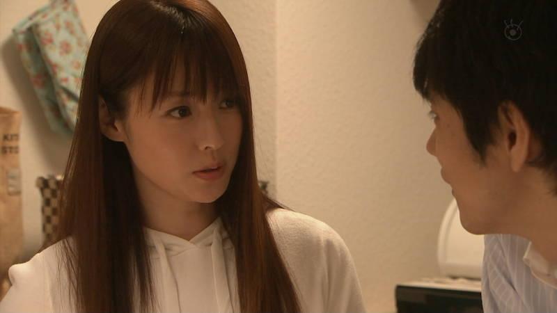 【深田恭子キャプ画像】Tシャツの下に水着を着ていても透けるとエロいという事実www 16