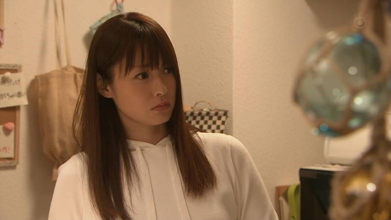 【深田恭子キャプ画像】Tシャツの下に水着を着ていても透けるとエロいという事実www 18