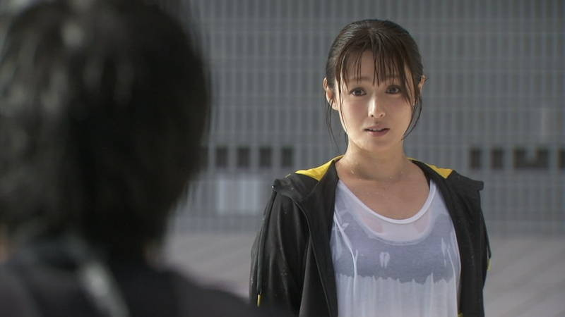 【深田恭子キャプ画像】Tシャツの下に水着を着ていても透けるとエロいという事実www 29