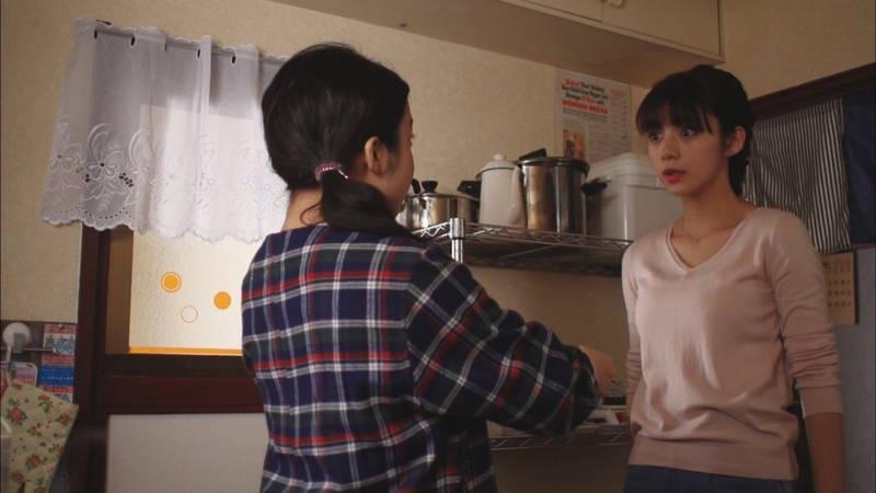 【岡田紗佳キャプ画像】何を着ていても着衣おっぱいが気になる岡田紗佳は巨乳なのか? 16