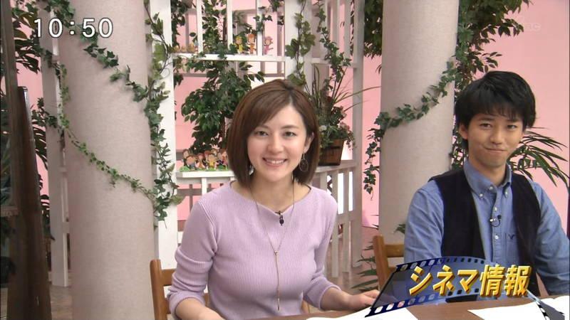 【菊地亜美キャプ画像】作為的とわかっていても目がいってしまう菊地亜美の着衣おっぱいwww 14