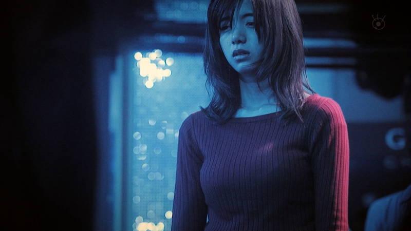 【池田エライザキャプ画像】池田エライザのドラマがセーター巨乳が全面的にフィーチャーされているwww 10