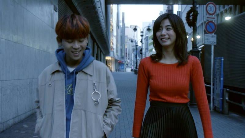 【池田エライザキャプ画像】池田エライザのドラマがセーター巨乳が全面的にフィーチャーされているwww 16