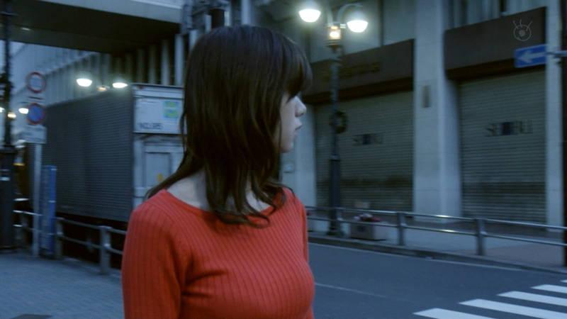 【池田エライザキャプ画像】池田エライザのドラマがセーター巨乳が全面的にフィーチャーされているwww 20
