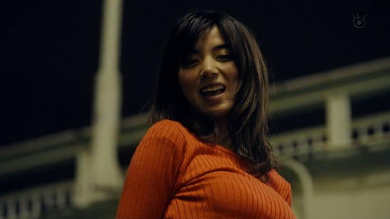 【池田エライザキャプ画像】池田エライザのドラマがセーター巨乳が全面的にフィーチャーされているwww 27
